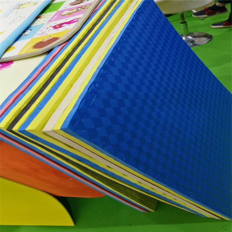 Puzzle Exercise Mat, EVA Foam Interlocking Tiles, Protective Flooring for Gym Equipment and Cushion