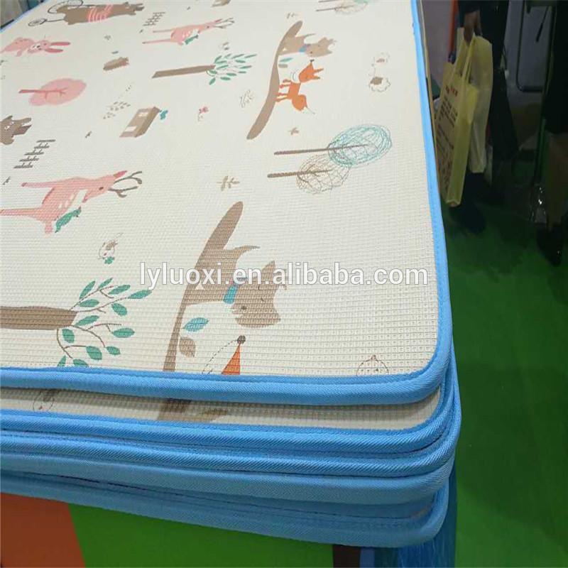 180 * 200cm પ્રિન્ટીંગ પેટર્ન ઇકો ફ્રેન્ડલી ફોલ્ડિંગ xpe ફીણ બાળક નાટક સાદડી
